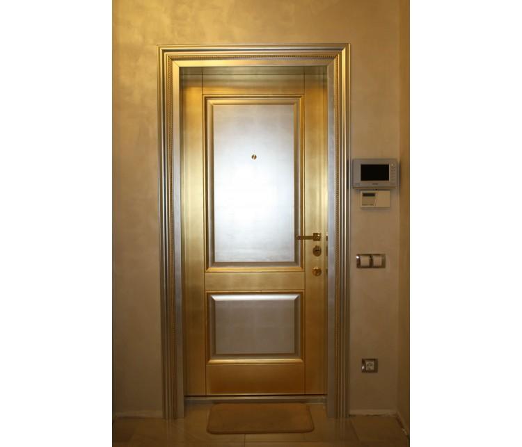 Двери с золотой и серебряной поталью , Дизайн студия © AbiStyle